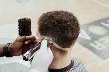 Frisuren-Trends 3 - MidFade Curly Top