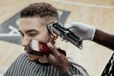 Frisuren-Trends 6 - MidFade Curly Top